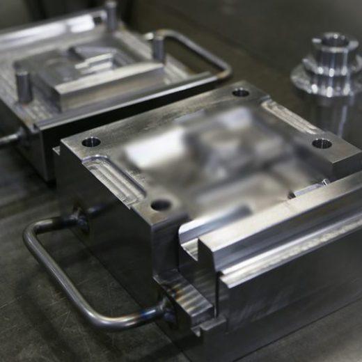 自動車用防振ゴム 試作金型4